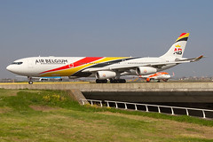 OO-ABA , Airbus A340-313, Air Belgium operating on behalf of Surinam Airways today (Freek Blokzijl) Tags: ooaba airbus airbusa340 a340313 widebody airbelgium taxiway taxien taxiwayv departure vertrek charter fourholer planespotting vliegtuigspotten spottinglocation eham ams amsterdamairport schiphol haarlemmermeer springtime sunnyday sunday canon eos7d wideanglelens april2019