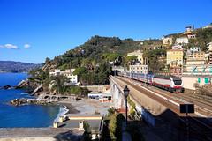 Intercity Italien (Rémi.lapeyre) Tags: fs intercity e402b 118 mer 657 milano grossetto zoagli rapallo liguria sea