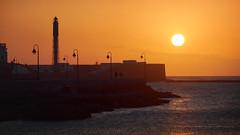 Cadiz... (Explored...!! 29 Mar 2019) (Rafa Espinosa (Buscando la luz...)) Tags: playasdecadiz cadiz sol playa atardecer naranja andalucia sur vacaciones