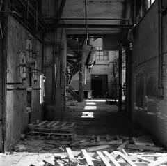 MCM | Archeologia Industriale (Marco Martucciello) Tags: cotoniere mcm abandoned manifatturecotonieremeridionali marcomartucciellofotografia hasselblad501cm carlzeissplanar80mm128 ilfordhp5 planar archeologiaindustriale