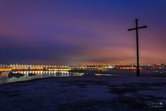 Нічне Запоріжжя (ucrainis) Tags: zaporizhzhia ukraine khortytsia cross dark night nightscape city landscape cityscape light lights dam bridge long exposure river dnieper