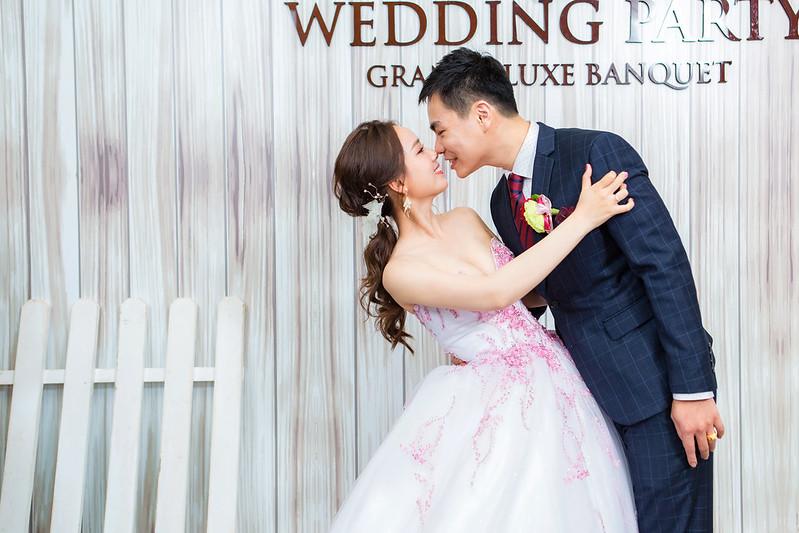 [婚攝] 程瑀 & 致嘉 夢時代雅悅會館 | 迎娶午宴 | 婚禮紀錄