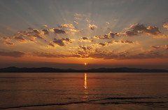 Sunset Rays (leppre) Tags: sunset sunsetdonegal sunsetloughswilly buncrana inishowen ireland water arizona donegal
