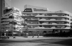 C01_F80_20190204_009_JPEG 2000 (Domenico Cichetti) Tags: milano citylife olympus olympusxa studional fomapan100 monocrome bw blackwhite blackandwhite bn argentique selfdevelope architecture