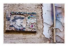 Mosaïque (Marie Hacene) Tags: paris streetart mosaique rue mur ancien