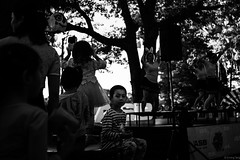 _DSF3736-1 (tangenning) Tags: fujifilmxe3 leica28mmsummicronf2asph blackandwhite streets