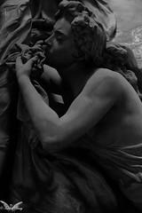 Genova, Cimitero Monumentale di Staglieno (Sven Kapunkt) Tags: grab gräber graveyard grabmal gothic grabstätte genova genua cemetery cemeteries cimetière campo cimitero certosa friedhof friedhöfe statue staglieno italia italien italy ligurien liguria