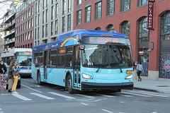 IMG_5143 (GojiMet86) Tags: mta nyc new york city bus buses 2018 xd40 7674 subway shuttle north 12th street bedford avenue