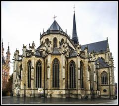 Paseando por Bélgica (edomingo) Tags: edomingoolympusomdem5 mzuiko1240 belgica lovaina iglesia sanpedro arquitectura