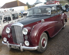 Bentley R-Type Mulliner (1953) (andreboeni) Tags: classic car automobile cars automobiles voitures autos automobili classique voiture rétro retro auto oldtimer klassik classica classico bentley rtype mulliner 1953 8112pe