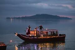 Santa Claus from the lake (Cristiano Pelagracci) Tags: santaclaus lake trasimeno umbria water polvese ship nature natale christmas