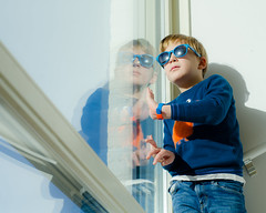 Waiting for family to visit (Janine en Ron) Tags: boy childhood child happiness portrait togetherness christmas family