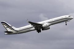 GainJet 757-200 SX-RFA at Birmingham Airport BHX/EGBB (dan89876) Tags: gainjet boeing 757 b752 757200 sxrfa birmimgham international airport bhx egbb