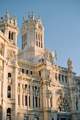 (Kristen Leary) Tags: madrid spain españa europe europetravel landmark landscape landscapephotography nikon nikond3300 nikonphotography world explore adventure places youngphotographer photographer photography building city granvía ayuntamiento