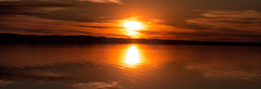 Atardecer en el Mar 1 (Martin Antolin PH) Tags: sunset sky paisaje landscape sunrise atardecer contraste highcontrast altocontraste contraluz color pink orange