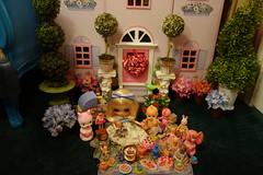 Dolly tea party in the garden... (Primrose Princess) Tags: blythe doll takara custom ooakblythe teaparty teatime dollhouse vintagetoys vintagedolls afternoontea laduree rement garden spring princess dollydreamland kewpie teapot teacup