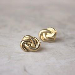 Gold Love Knot Earrings, Love Knot Jewelry, Wedding Jewelry, Bridesmaid Earrings, Inexpensive Earrings, Bridesmaid Gift, Costume Jewelry https://t.co/t7aQuRHcVf #wedding #etsyhandmade #etsy #jewelry #MyNewTag #bridesmaidgifts #weddings #bridesmaidgift htt (petalperceptions.etsy.com) Tags: etsy gift shop fashion jewelry cute