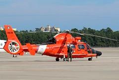 Hurricane Florence Relief 2018, (hondagl1800) Tags: hurricaneflorencerelief2018 aircraft aviation helicopter hurricane rescue militaryrescue coastguardrescue