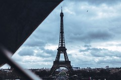 Paris, France (dagodav) Tags: mystery panoramic panoramica trocadéro architecture 24mm28 24mm 700d canon700d canon composizione composition saturation contrast gray rain umbrella mood blue clouds cloud eiffel toureiffel tour francia france parigi paris