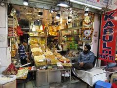 old delhi 2019 (gerben more) Tags: nuts sikh shop market olddelhi newdelhi delhi people india