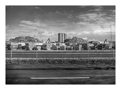 Die Stadt 294 (sw188) Tags: deutschland nrw westfalen ruhrgebiet dortmund sw stadtlandschaft street bw blackandwhite industrielandschaft industriegebiet