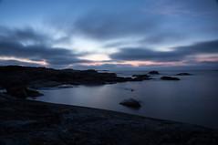 Baltic night (Eklandet) Tags: foto natur nature photo sverige sweden samsung sky scandinavia nordic countries seascape waterscape nightscape night landscape balticsea sea sunset sunrise coast cliffs natthimmel