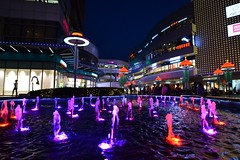 Anting - Shopping Mall (cnmark) Tags: china shanghai jiading district anting town shopping mall fountains bright lights night light nacht nachtaufnahme noche nuit notte noite colourful colorful 中国 上海 嘉定区 安亭镇 嘉亭荟城市生活广场 墨玉南路 曹安公路 地铁11号线 安亭站 ©allrightsreserved
