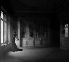 There is (Fan.D & Dav.C Photgraphy) Tags: light ceiling window column monochrome balcony hallway silhouette step chandelier architecture indoor old black girl beautiful abandoned dweling catsle manor