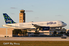 Breath Of Fresh Blue (320-ROC) Tags: jetblueairways jetblue n653jb breathoffreshblue airbusa320 airbusa320200 airbusa320232 airbus a320 a320200 a320232 kfll fll fortlauderdalehollywoodinternationalairport fortlauderdaleairport fortlauderdale florida