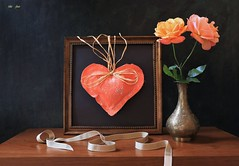 Valentine's Day Greeting (Esther Spektor - Thanks for 12+millions views..) Tags: stilllife naturemorta bodegon naturezamorta stilleben naturamorta creativephotography composition art greeting valentinesday tabletop flowers rose vase frame heart ribbon metal wooden pattern ambientlight green orange beige golden coral brown black estherspektor canon coth5