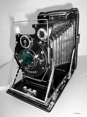 KW_patent_etui_6x9_120mm_bw-farb_tx_P1340246 (said.bustany) Tags: bruchköbel hessen 2019 februar kw dresden kamera werke patent etui patentetui klappkamera plattenkamera 6x9 120mm public