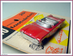 Tootsietoy - HO 1960 Ford Convertible (StarRunn) Tags: tootsietoy ford diecast toy car ho hoscale 1960s packaging