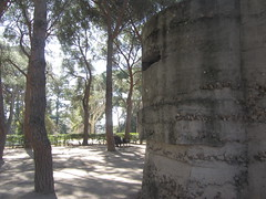 Civil War fortifications, turret section, Parque del Oeste, Madrid (d.kevan) Tags: parksandgardens parquedeloeste madrid plants trees trunks foliage paths people turrets fortifications concrete civilwar hedges benches