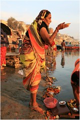 India Travel Photography: Aarti Ceremony, Nada Sadhus & burning Ghats at Varanasi 2019 Benares.056 by Hans Hendriksen (Travel Photography - Reisfotografie) Tags: india travel photography uttar pradesh north noord crowd reisfotografie reisfoto varanasi cremation ghat ghats benares banāras kashi kasi 2019 bad baden bath snan bathing people planet naked naakt naga sadhu saddhu baba nackt hindu hindus hindoe hindoes ganga gangus ganges river rivier march holy heilig sacred ceremony ceremonie religion religie nude dahues babas pelgrims pilgrimage pilgrims bedevaart menigte hindúes sagrado río aarti fire vuurceremonie burning manikarni manikarnika dead reincarnation reincarnatie afterlife