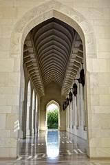 Oman 2018 - Mascate - La Grande Mosquée Sultan Qaboos (philippebeenne) Tags: oman mosquée sultanqaboos grandemosquée mascate muscat intérieur