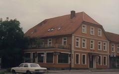 1987 Germany // Fernwanderweg E1 (1987 Tour 6) // Springe (maerzbecher-Deutschland zu Fuss) Tags: europäischerfernwanderwege1 e1 maerzbecher deutschland germany wanderwege 1987 weitwanderweg fernwanderweg deutschlandmitdemrad niedersachsen springe