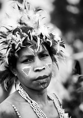 Tribe Woman During Mt Hagen Sing Sing, Western Highlands, Papua New Guinea (Eric Lafforgue) Tags: artscultureandentertainment blackandwhite day decoration festival headdress highlands indigenousculture jewellery makeup mounthagen mthagen oneperson outdoors page10a papuanewguinea tourism traditionalclothing tribal tribe vertical singsing ceremony