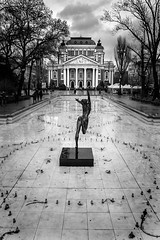 The motionless dancer (Stefano Avolio) Tags: ivanvazov theater ivanvazovnationaltheater sofia bulgaria dancer ballerina fontana fountain bw blackwhite biancoenero bn monocromo stefanoavolio savolio blackandwhite
