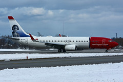 EI-FJY (Norwegian Air International) (Steelhead 2010) Tags: norwegianairinternational boeing b737 b737800 yhm eireg eifjy claracampoamor