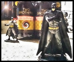 Two Brothers, Batman & Batman. (e5) (Mega-Magpie) Tags: motorola moto e5 indoors two brothers domaine dupage beer batman figurine delicious delectable delish flavorsome succulent yummy