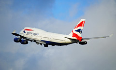 British Airways 747 leaving London (Infinity & Beyond Photography: Kev Cook) Tags: british airways boeing 747400 747 b747 aircraft airplane airliner london heathrow airport lhr photos planes