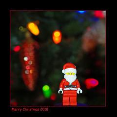 Merry Christmas 2018 (Eclectic Jack) Tags: holidaybokeh holiday bokeh christmas merry santa claus lego minifigure mini figure macro monday mondays macromondays