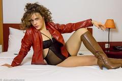 Red leather and lingerie (sexyrainwear_dot_online) Tags: vinyl pvc latex leather lack leder boots overkneeboots overknees lackundleder lackleder lackmantel vinylcoat vinyljacket vinylskirt pvcskirt lackjacke lackstiefel