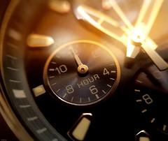 Tic tac tic tac..... (fernanmz74) Tags: macromondays macro macrophotography time timepieces watch hmm samsungs7 bokeh analog