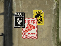 Space Invader PA_1390 (tofz4u) Tags: paris streetart artderue invader spaceinvader spaceinvaders mosaïque mosaic tile pa1390 92 hautsdeseine banlieue grandparis affiche billboard