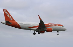 G-EZRY Airbus A320-214SL easyjet (lee_klass) Tags: gezry airbus airbusa320 airbusa320214sl a320 sharklet easyjet ezy u2 ezy7436 u27436 ezy28yf aeroplane aviation aviationphotography aviationspotter aviationenthusiast aviationawards airliner jet jetairliner jetairplane jetliner jetaircraft airplane canon canoneos750d canonef75300mmf456 canonaviation southend sen egmc southendairport londonsouthendairport england unitedkingdom essexairport essex planespotting plane malagacostadelsolairport malagaairport agp lemg malaga spain twinenginedjet aircraftphotography aircraftspotting aircraft easyjetairbusa320 easyjetairbus easyjeta320 runway05 transport travel airtransport airtravel vehicle