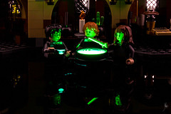 Wizards making a potion (Ballou34) Tags: 2018 7dmark2 7dmarkii 7d2 7dii afol ballou34 canon canon7dmarkii canon7dii eos eos7dmarkii eos7d2 eos7dii flickr lego legographer legography minifigures photography stuckinplastic toy toyphotography toys stuck in plastic harry potter wizard witch potion magic hp hermione ron