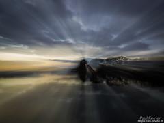 coup de zoom pendant la photo, depuis la rive de L'Odet à Porz Garo (Paul Kerrien) Tags: paysage reflet rivage finistere bzh expérimental bretagne soir rivière odet crépuscule