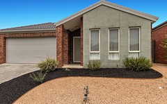 76 Hatchlands Drive, Deer Park VIC