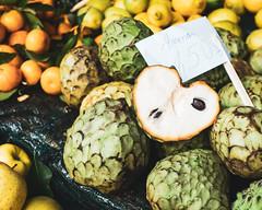 Funchal   |   Amona (JB_1984) Tags: amona sugarapple fruit produce market mercado mercadodoslavadores farmersmarket colour bokeh dof depthoffield funchal madeira portugal sony rx100iii rx100m3